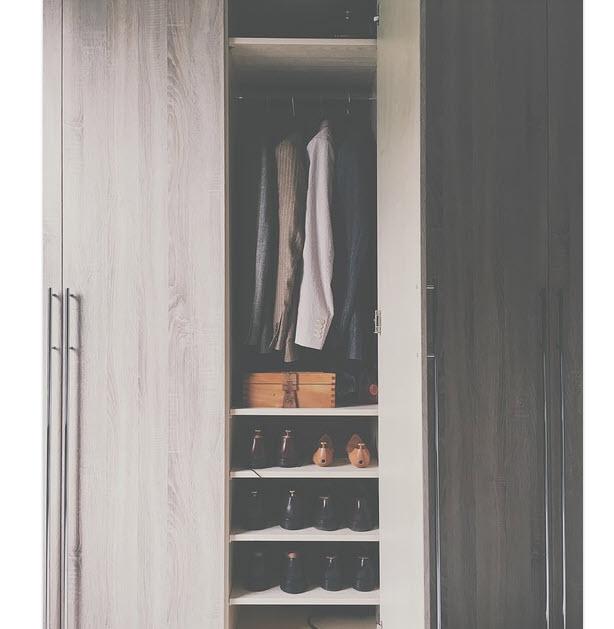 Well Organizez And Renovated Wardrobe Closet